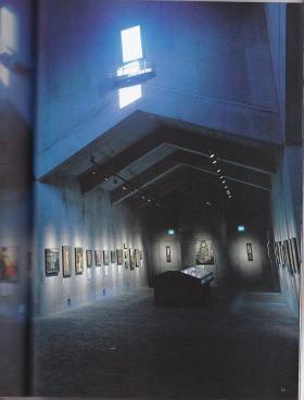 無言館内部写真1 芸術新潮1997年7月号より